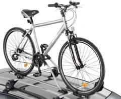Fahrradträger für Pkw auf Dachträgern